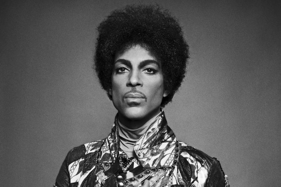 "Escucha ""Cosmic Day"", Un Tema Inédito De Prince"