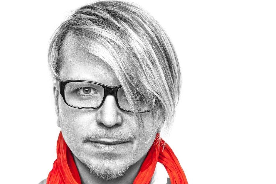 "Robert Babicz Presenta Nuevo Sencillo ""Herz"""