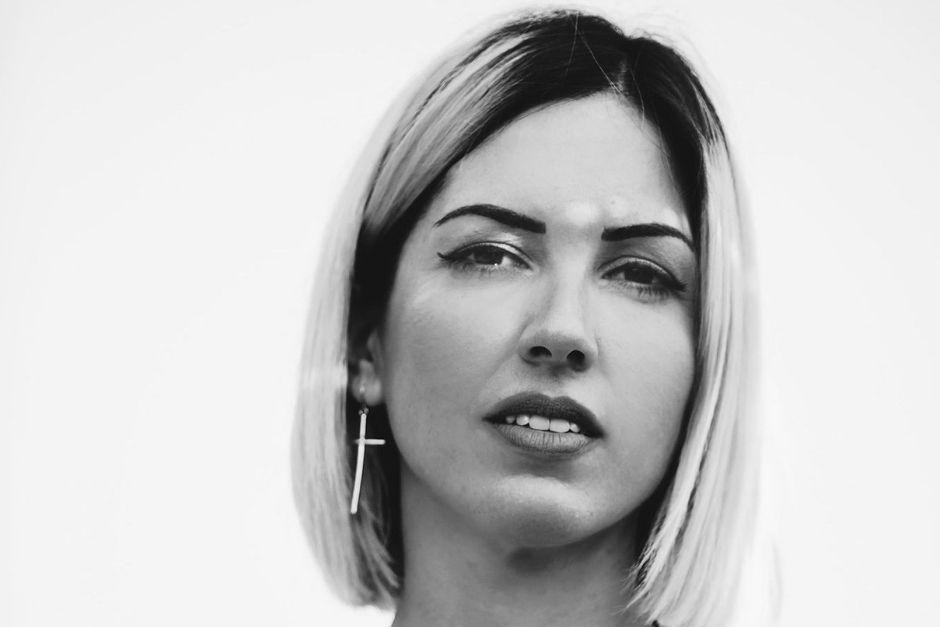 """Anna Tur: """"La Música Electrónica Es Una Manera De Conectar Con Los Sentimientos Y Con El Alma"""""""