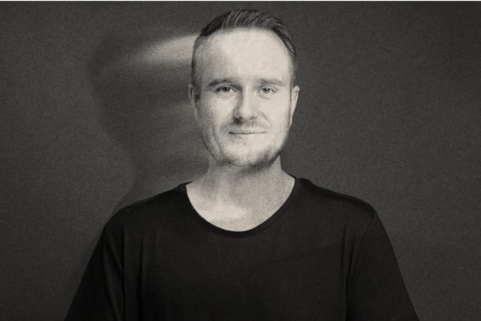 "Mihai Popoviciu Anuncia Nuevo álbum ""Motion Manifold"""