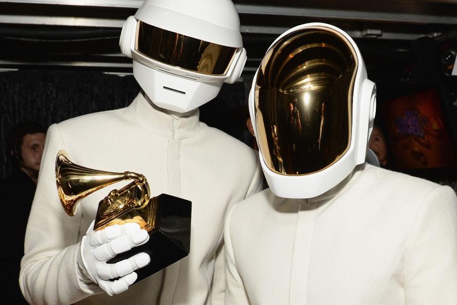 Premios Grammy 2021 Serán Pospuestos Hasta Marzo