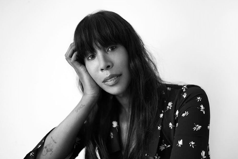 "Honey Dijon Lanza ""Downtown"" Junto A Annette Bowen & Nikki-O"