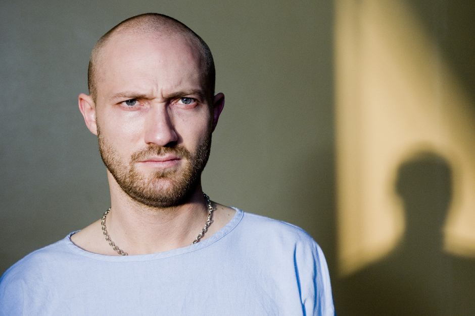 "Paul Kalkbrenner Remezcla ""Invisible"" De NTO"
