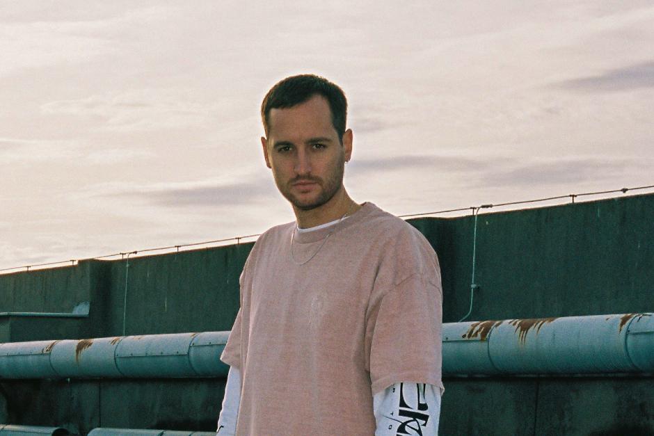 """Julien Bracht lanza nuevo álbum, """"Now Forever One"""""""